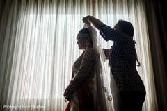 indian bride,dupatta,getting ready