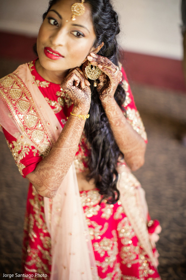 indian bride,indian wedding reception fashion,hair and makeup