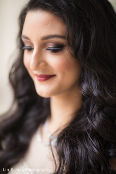 hair and makeup artist,indian bride makeup