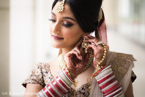 indian bride jewelry,indian bride makeup,indian bride fashion