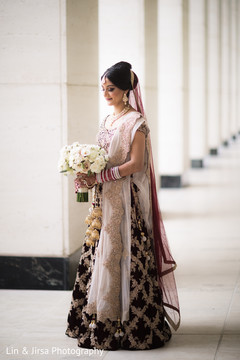 indian bride fashion,bridal bouquet,bridal lengha