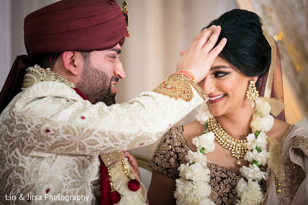 bridal jewelry,indian wedding ceremony,sherwani