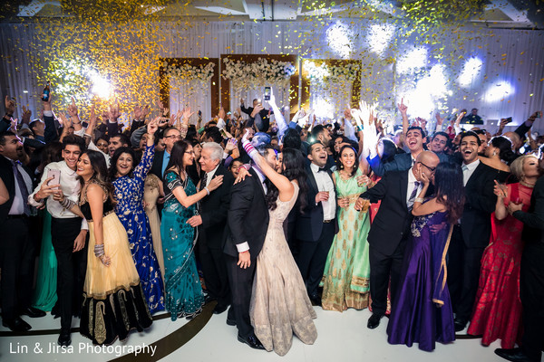 indian wedding reception,indian wedding reception fashion,bridal fashion,wedding dj