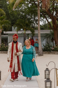 indian wedding ceremony,indian groom fashion,beach side ceremony