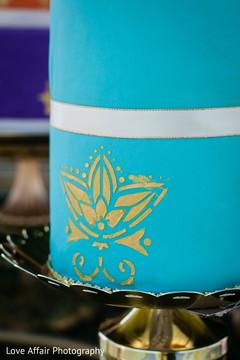 indian wedding,indian wedding cake,cake design,cake topper