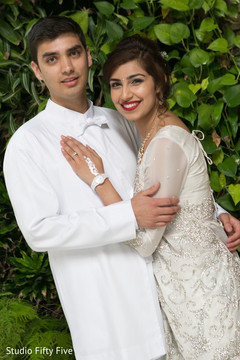 parsi bride and groom,getting ready,wedding ceremony fashion,parsi wedding photography