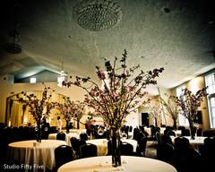 parsi wedding,floral and decor,floral centerpieces