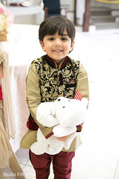 parsi wedding ceremony,ring bearer boy