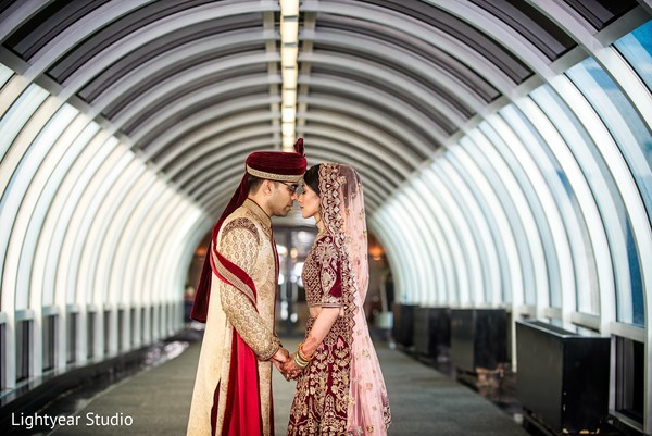 indian bride and groom,indian wedding photography,wedding ceremony fashion
