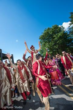 indian groom,baraat,indian wedding photography,dhol player