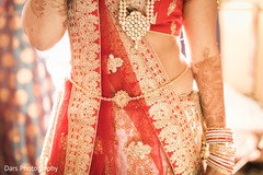 indian bride getting ready,indian bride lengha,bridal jewelry