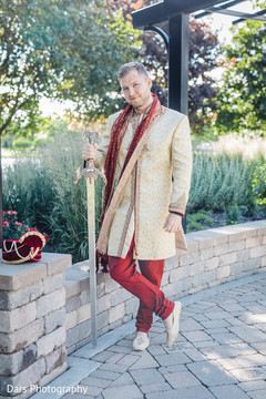 indian groom fashion,indian groom portrait