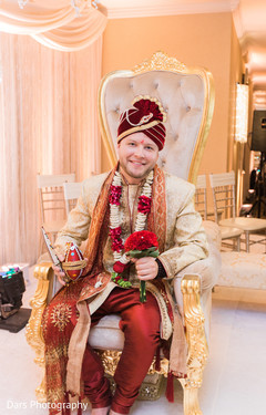 indian groom fashion,indian groom turban,indian groom portrait