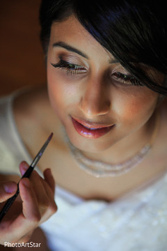 indian bride,getting ready,hair and makeup