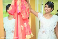indian bride,getting ready,bridal ceremony fashion