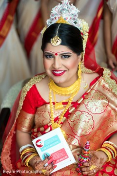 indian bride,bridal jewelry,indian bride fashion,indian bride hair and makeup