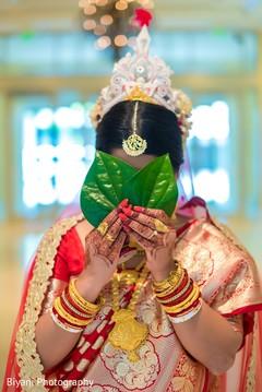 bridal jewelry,bride bangles,indian bride fashion
