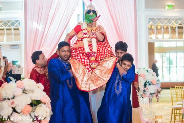 indian wedding ceremony,indian bride,indian wedding photography,doli entrance