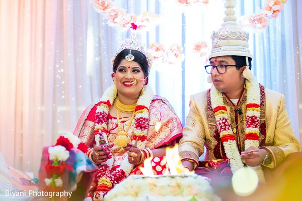 indian wedding ceremony,indian bride and groom,indian wedding photography