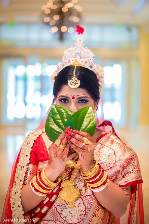 indian wedding ceremony,indian bride fashion,indian bride portrait,bridal jewelry