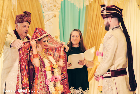 Beautiful Indian fusion wedding ceremony.