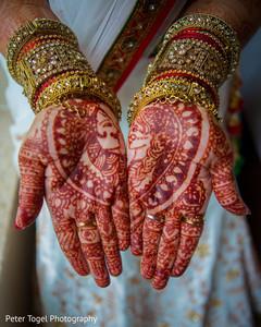 maharani's bridal bangles,mehndi art,indian bride