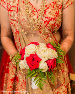 indian bride fashion,indian bridal bouquet,indian wedding ceremony