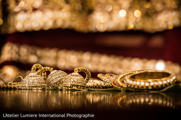 Indian bride's gold accesories