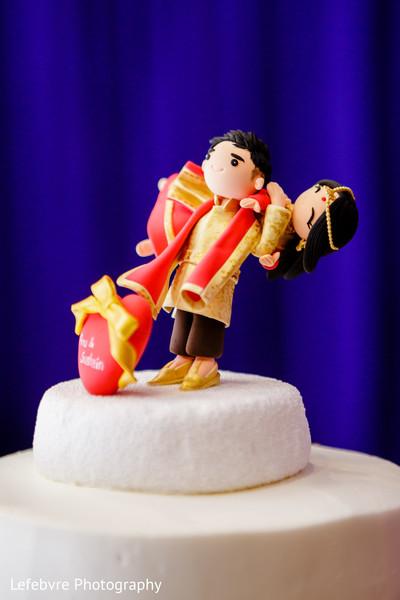 indian wedding reception,indian wedding cake,indian wedding cake topper