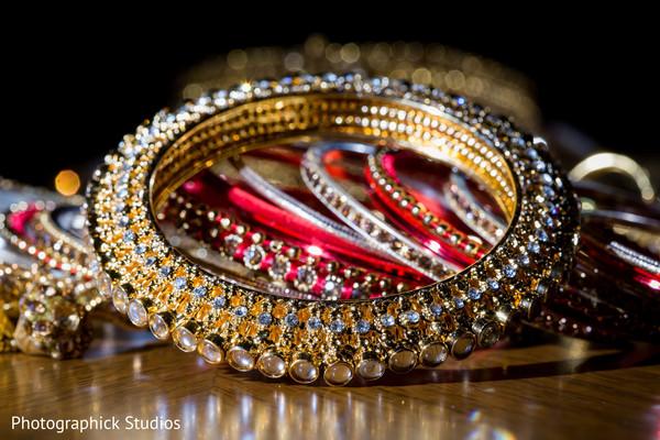 bridal jewelry,bride bangles,maharani's bridal bangles