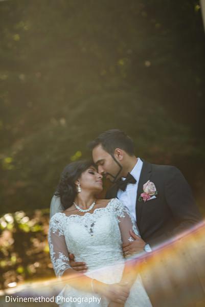 Amazingly heartfelt indian couple's photo shoot