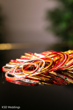 indian bride accessories,bridal jewelry,indian bridal bangles