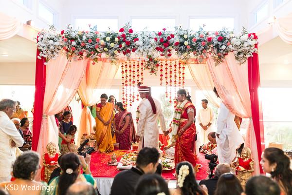 indian wedding ceremony,indian bride and groom,indian wedding ceremony photography,saptapadi ritual