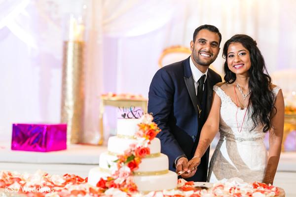 indian wedding reception photography,indian bride and groom,indian wedding reception,indian wedding cake