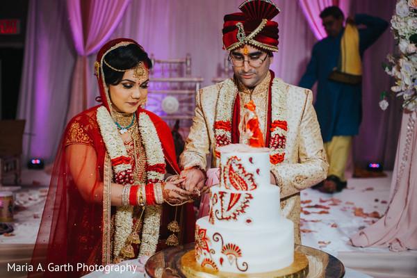 indian wedding,indian bride and groom,indian wedding cake