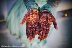 indian bridal henna,indian bride,mehndi