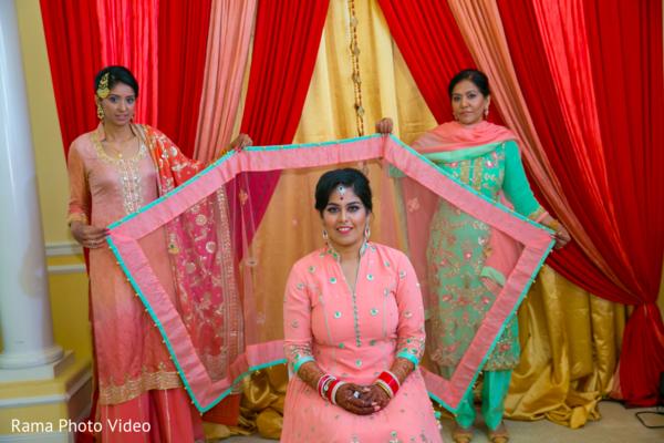 pink lengha,bridal lengha,pink dupatta