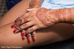 indian bride,henna,indian bridal mehndi