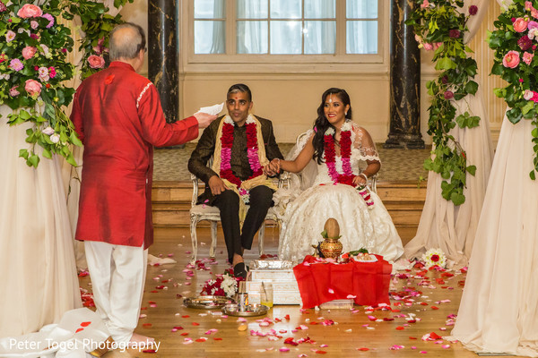 Heavenly Hindu wedding ceremony.