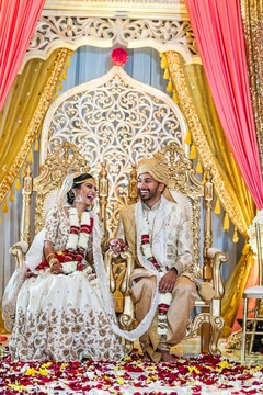 Maharani and Rajah's candid wedding photography.