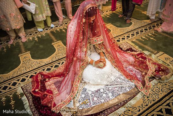 pakistani bride,pre-wedding fashion,pre-wedding photography