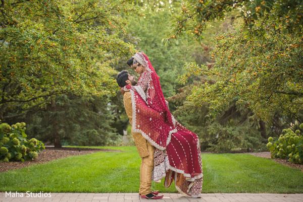 pakistani bride and groom fashion,pakistani ceremony fashion,portrait