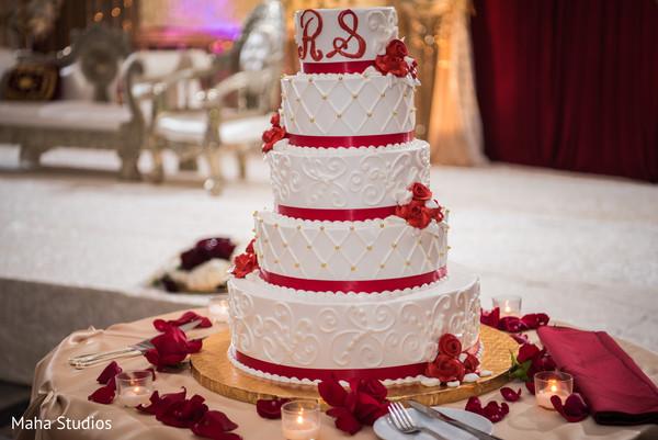pakistani wedding reception,floral and decor,wedding cake