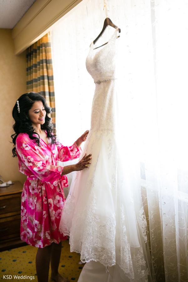 indian bride getting ready,indian bride ceremony fashion,indian bride