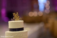 indian wedding reception,indian wedding cake,indian wedding cake topper