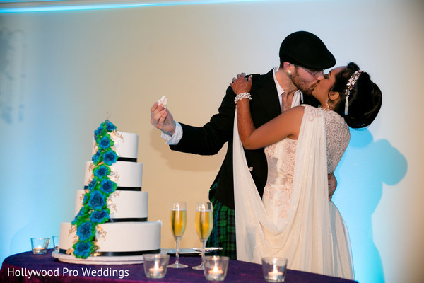 indian wedding reception,indian bride and groom,indian wedding cake design
