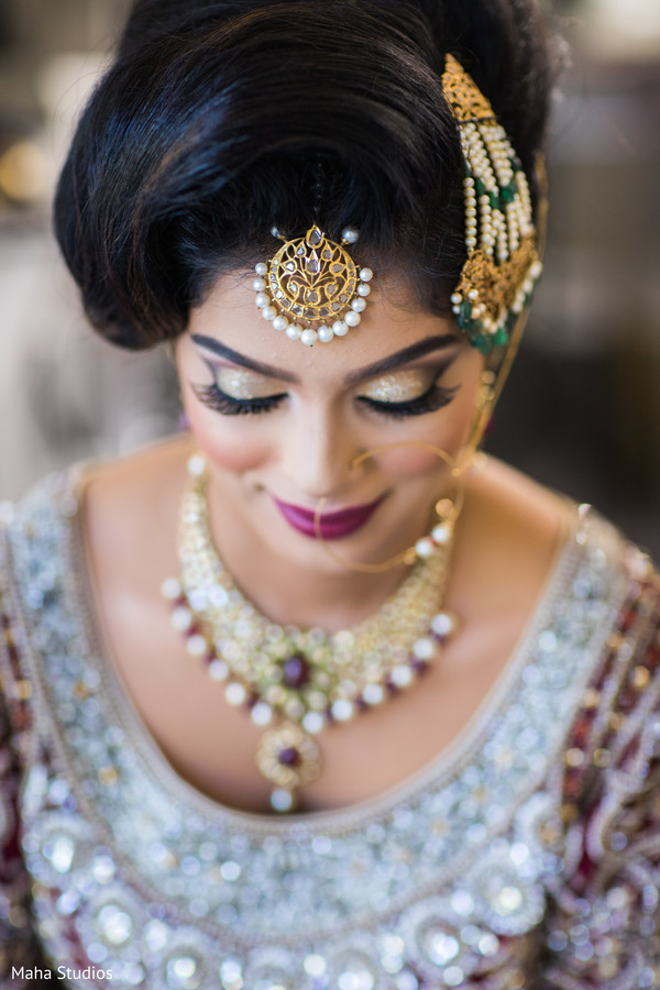 Adorable Pakistani bride hair jewelry.