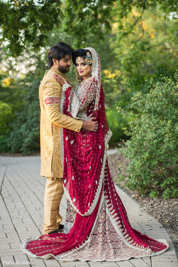 pakistani wedding ceremony,pakistani bride and groom,wedding fashion
