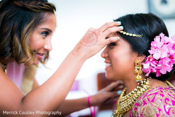 indian bride,bridal jewelry,indian bride getting ready