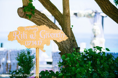 indian wedding ceremony,indian wedding arrow directional sign.indian wedding decor